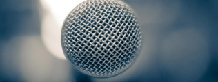 Microphone-High_Quality_wallpaper_2560x1600